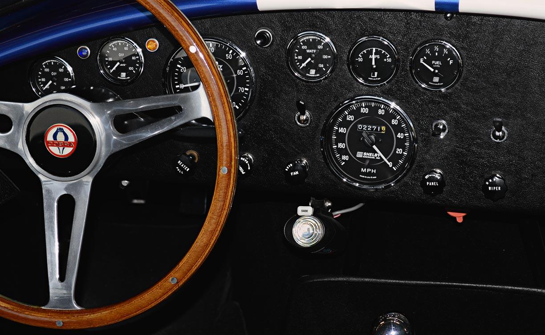 instrument panel shot of deep Royal Blue/Arctic White LeMans stripes Superformance 427SC Shelby classic Cobra replica for sale, SP02499