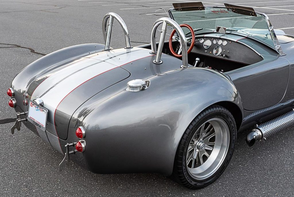 rear-quarter view shot (passenger side) of this Backdraft Racing 427SC Shelby classic Cobra for sale, BDR#712